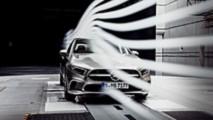 2019 Mercedes A-Serisi Sedan teaser görselleri