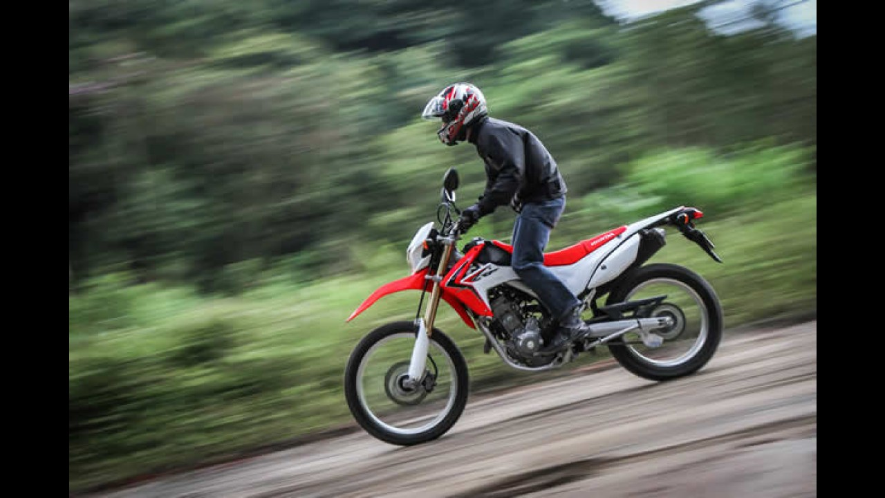 Vídeo: Honda promove família aventureira