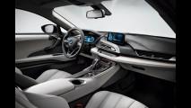 Vídeo: BMW i8 falha durante testes na pista de Nürburgring