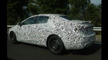 Protótipo do futuro Chevrolet Cruze 2016 é flagrado mais uma vez