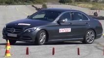 Mercedes C350e fails moose test in Sweden [video]