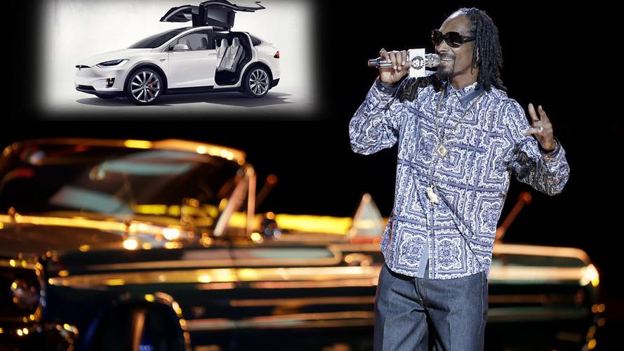 VIDÉO – Snoop Dogg troque la Chevrolet Impala pour une Tesla Model X