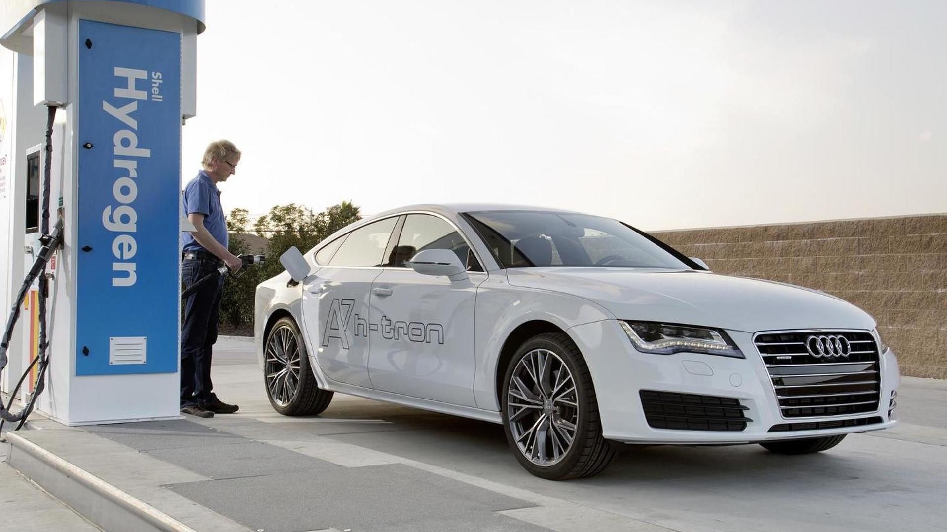 Водородная заправка Audi A7 Sportback h-tron quattro