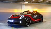 Dünya Dayanıklılık Şampiyonası'nın güvenlik aracı Porsche 911 Turbo