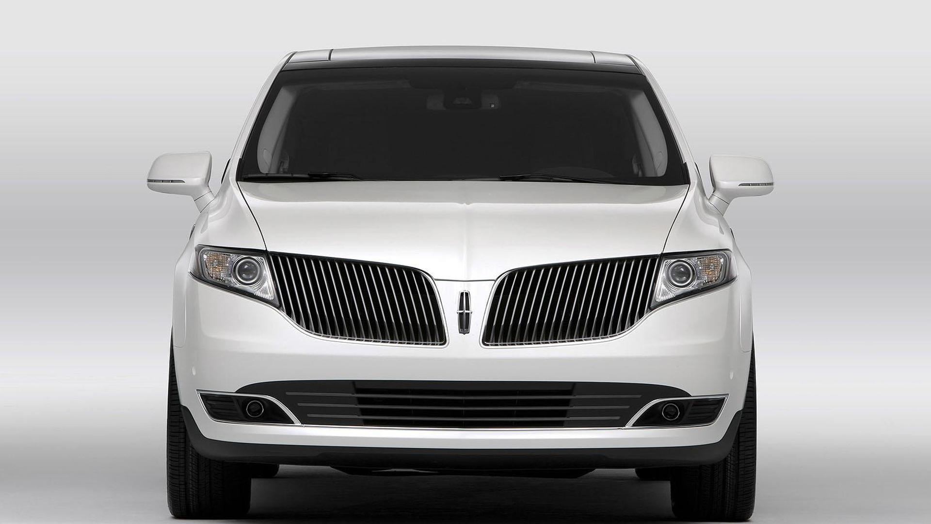vehicles in information perfect lincoln mkt condition living km qatar