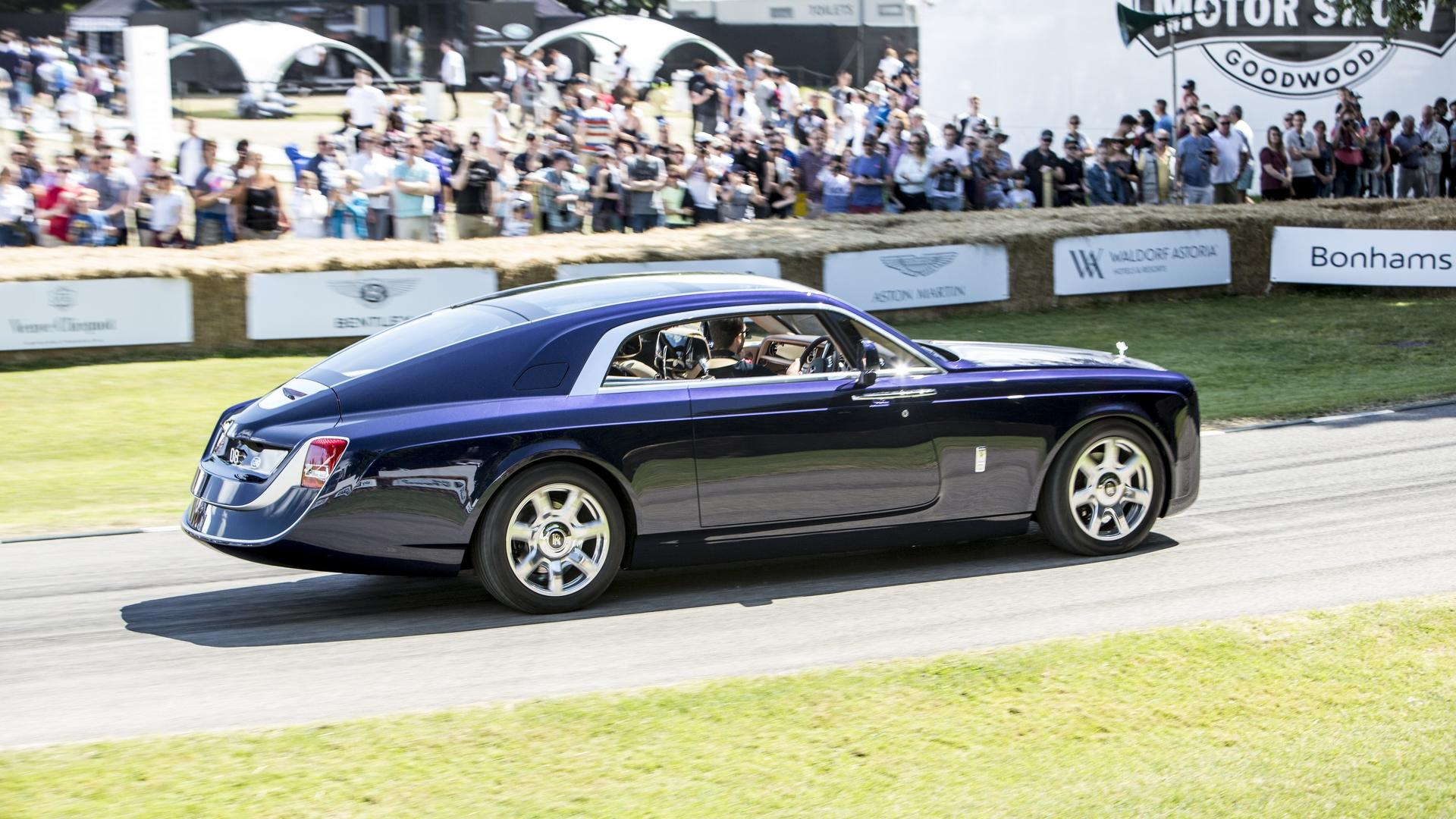 rolls royce sweptail was in no hurry at goodwood fos. Black Bedroom Furniture Sets. Home Design Ideas