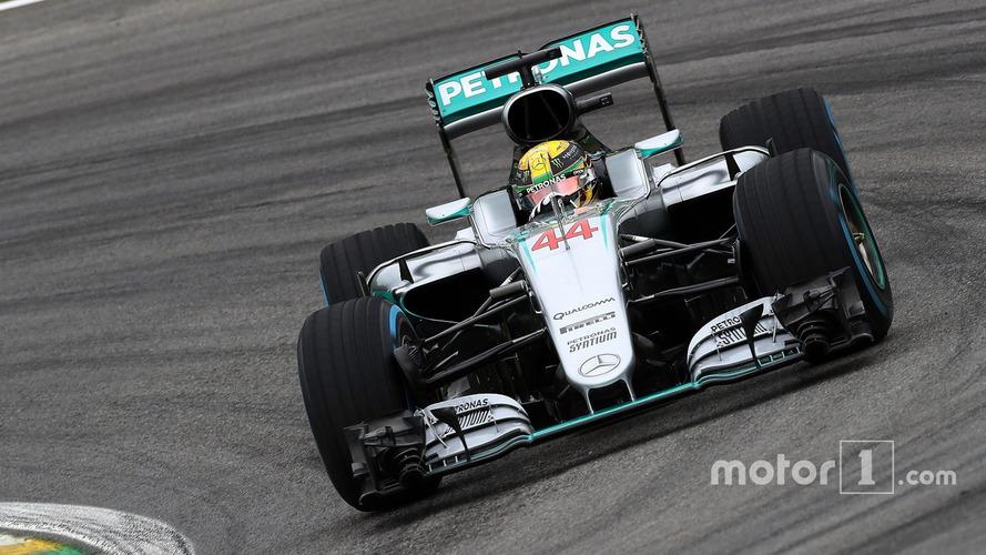 Formule 1 – Lewis Hamilton remporte un Grand Prix du Brésil chaotique