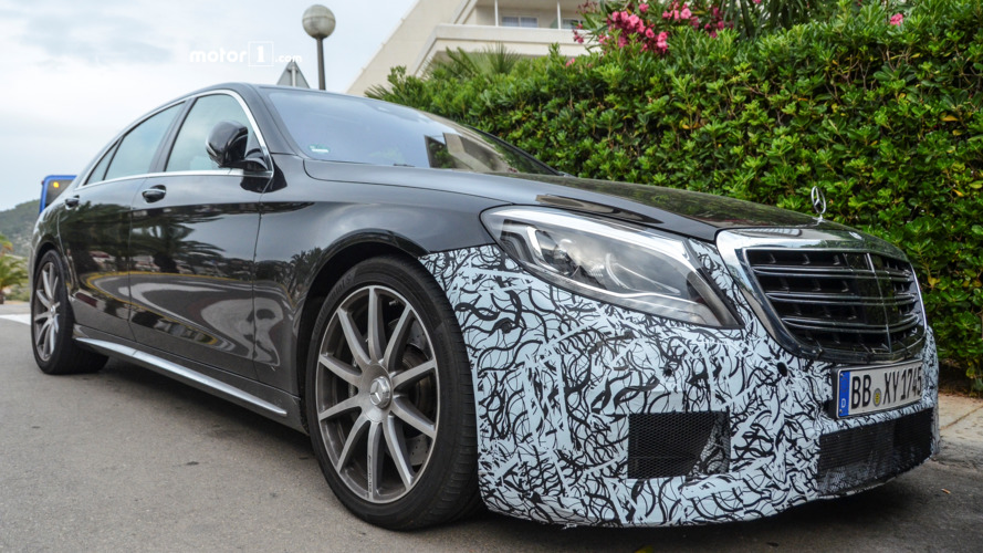2017 Mercedes-AMG S63 sedan spied with disguised front bumper