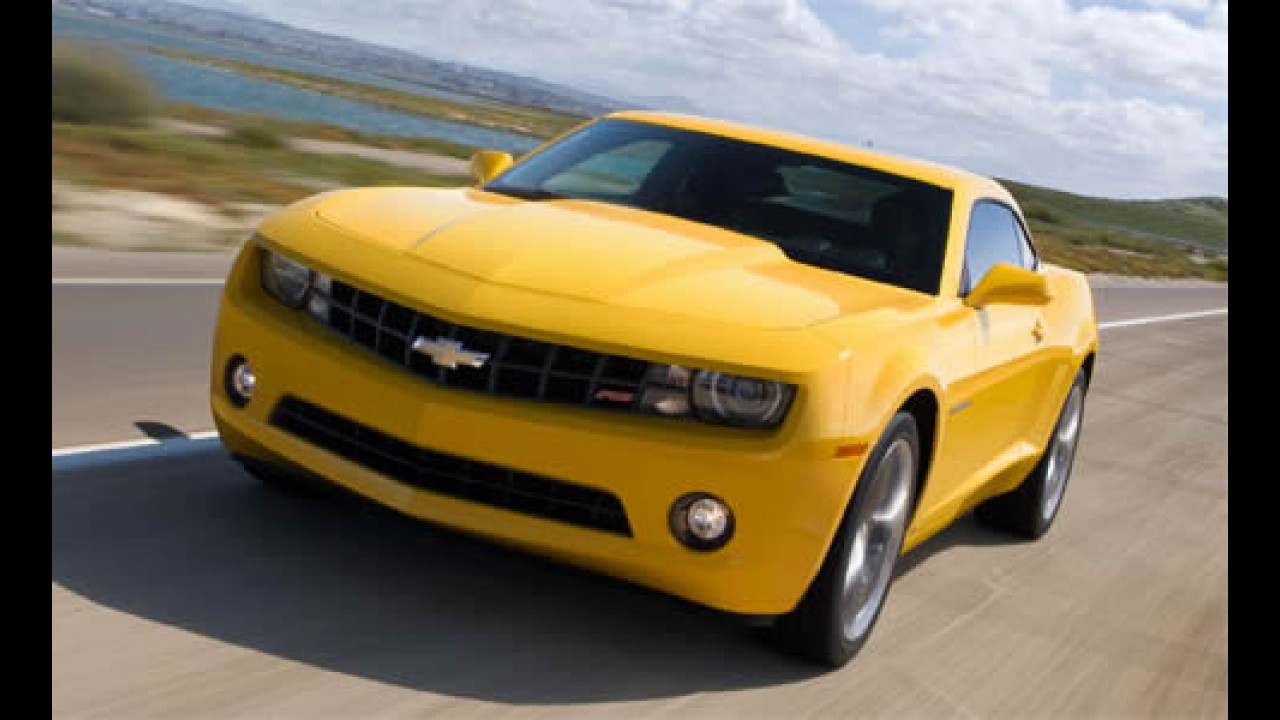 GM divulga vídeo da produção e entrega do primeiro Camaro 2010
