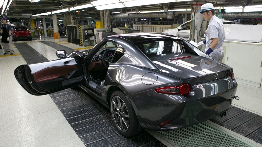 2017 Mazda MX-5 RF débuts de production Hiroshima