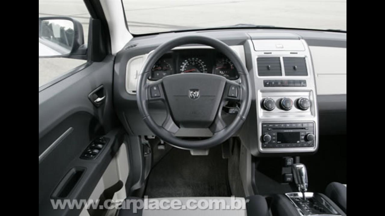 Novo Dodge Journey 2009 é lançado oficialmente no Brasil por R$ 98.900